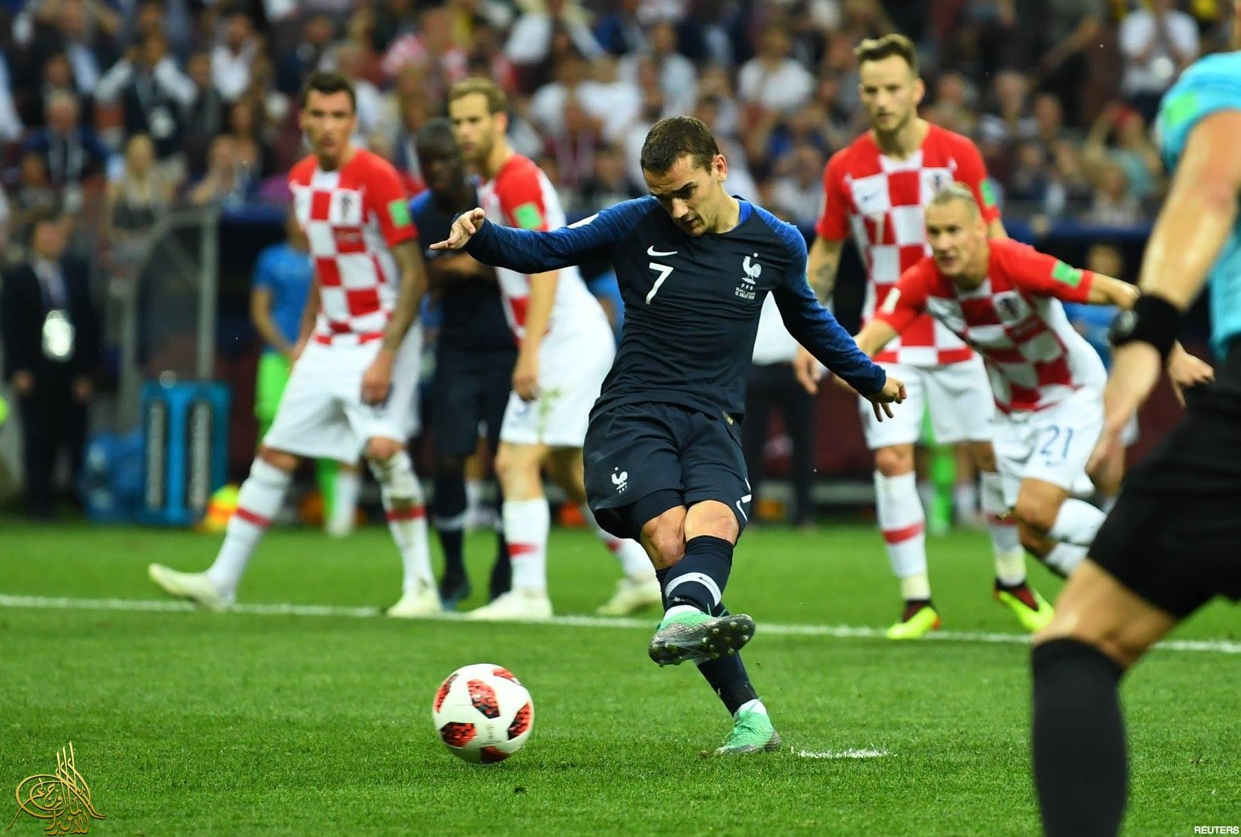 30f74f79c كرواتيا تفوز باحترام العالم وفرنسا تفوز بالكأس